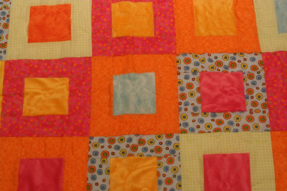 Minky Quilt = Done! (1/4)
